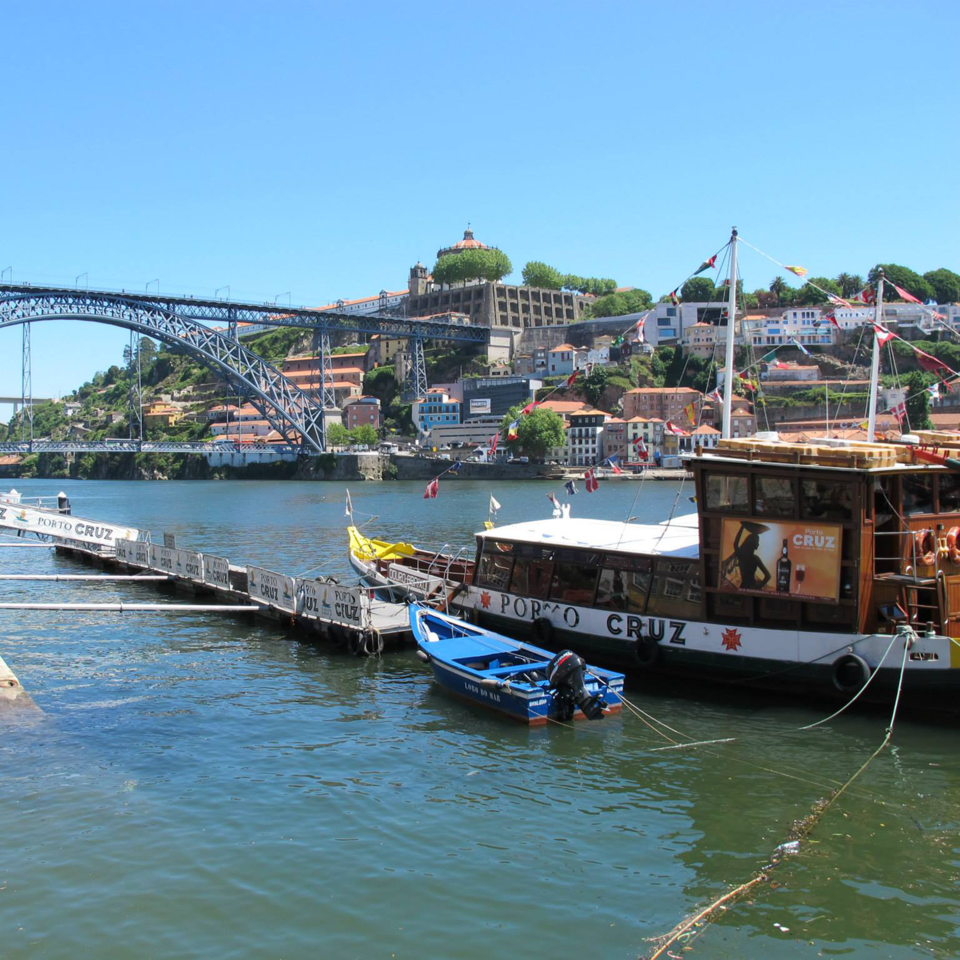 Porto_boat_and_bridge