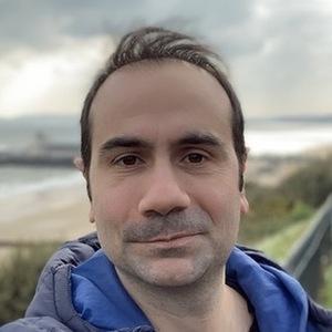 Webinar hosting presenter Irfan Nuri Karaca