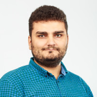 Webinar hosting presenter Calin Constantinov