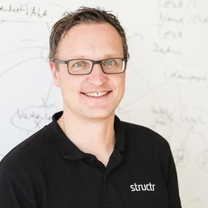 Webinar hosting presenter Axel Morgner