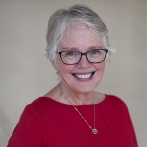 Webinar hosting presenter Linda Leekley