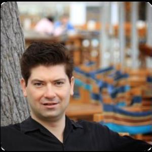 Webinar hosting presenter Stefan Kojouharov