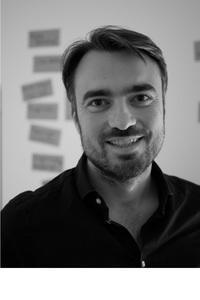 Webinar hosting presenter Martin Martin