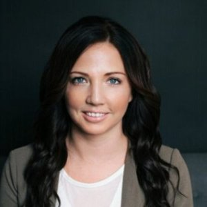 Webinar hosting presenter Kristen Murre