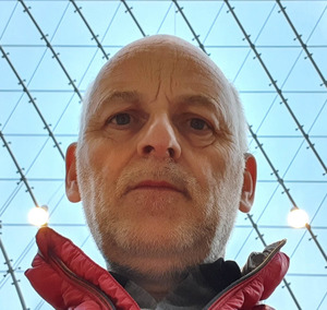 Webinar hosting presenter Pascal THEUROT
