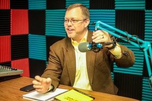Webinar hosting presenter Keith R