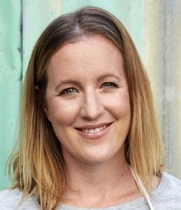 Webinar hosting presenter Gabrielle King