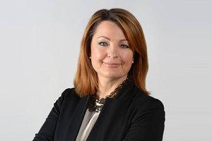 Webinar hosting presenter Marina Bottinelli