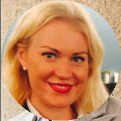 Webinar hosting presenter Samanta Fawcett