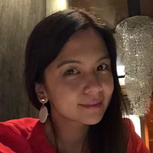 Webinar hosting presenter Karen Kang
