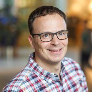 Webinar hosting presenter Dirk L