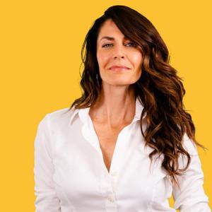 Webinar hosting presenter Rachel Mattox