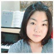 Webinar hosting presenter Lina Lee