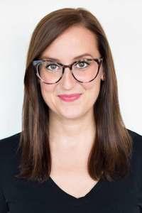 Webinar hosting presenter Kiley Peters