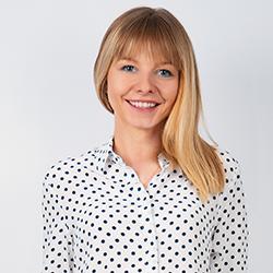 Webinar hosting presenter Margarethe H