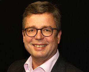 Webinar hosting presenter schulz
