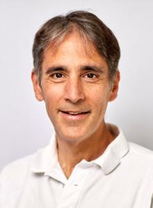 Webinar hosting presenter Willy Bischofberger