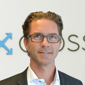 Webinar hosting presenter Micke S
