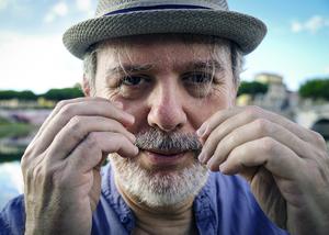 Webinar hosting presenter Roberto Grassilli