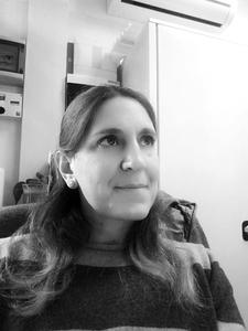 Webinar hosting presenter Angela Catrani