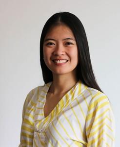 Webinar hosting presenter Thu Hang T