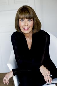 Webinar hosting presenter Dr. Kirsten S