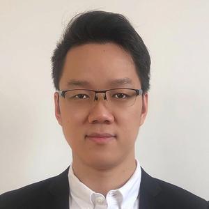 Webinar hosting presenter Naki Yu