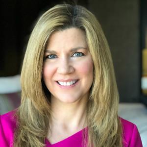 Webinar hosting presenter Jennifer M