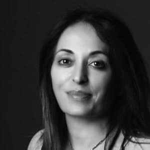 Webinar hosting presenter Nadia Di Berardino