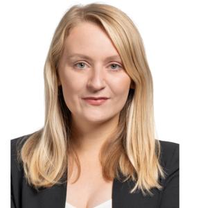 Webinar hosting presenter Katharina M